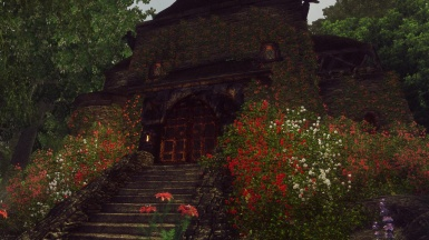 Red Rose Manor - daylight view