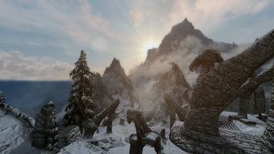 Sunrise over Bleak Falls Barrow