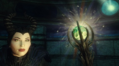 Maleficent with recolored Meridias's Light Staff