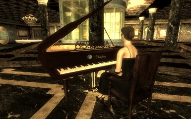 TSC - Trying the new piano