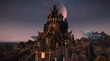 Moon over Dragonsreach