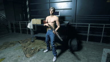 Leon Casual Shirtless