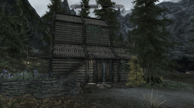 Forest-Peak House - A simple customizable player home
