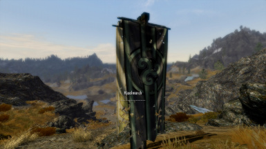 Hold Name when Looking at Banners