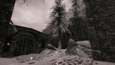 Approaching Pale Pass Gate from Cyrodiil