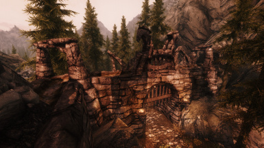 Overview of Talos Pass Gate from Hammerfell