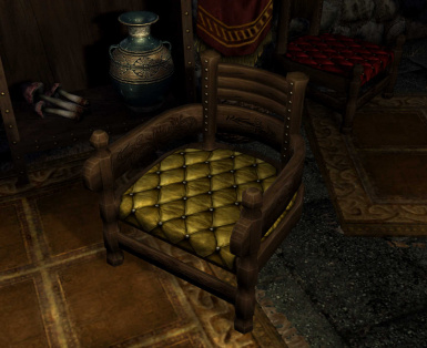 New HD Noble Chair - Gold