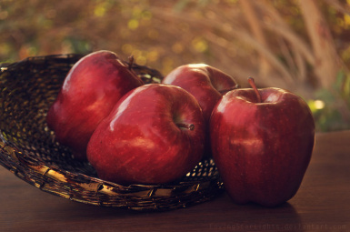 apples by MintLights from DeviantArt