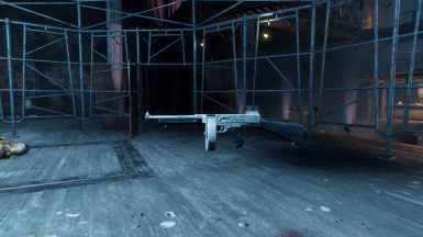 Actual Silver - Silver Shroud Submachine Gun 2K