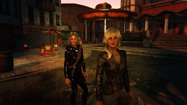 Heather Casdin and R4 04 in Nuka World