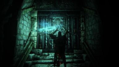 Holy Moonlight Sword lighting up the Catacombs