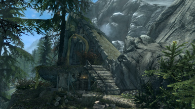 MsRae's Orc Hut Player Home