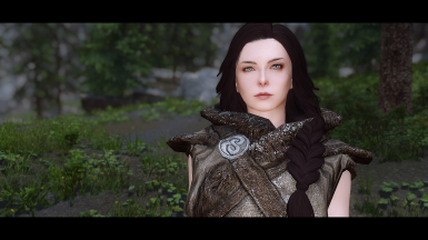 Serana main pale blue eyes (fangs included)
