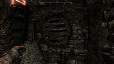 Pothole in Windhelm's Sewers