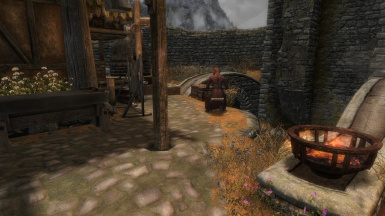 Whiterun   Crafting Chest 02