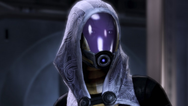 Tali with new reflective-glowing eye slits texture 2