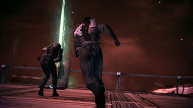 MaleShep saving Kaidan from the beacon