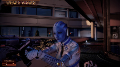 Better Liara face and hench GUI