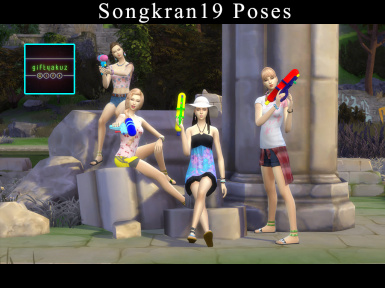 Songkran19 poses with Water gun